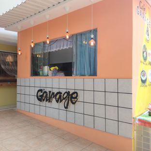 Foto 13 - Eksterior di Garage Cafe oleh duocicip