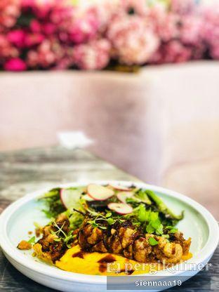 Foto 2 - Makanan(CHEESEY OMELETTE PORK BELLY) di Pink Mamma oleh Sienna Paramitha