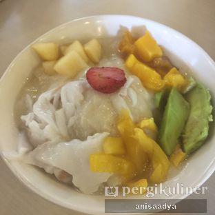 Foto 2 - Makanan di Kedai Es Pisang Ijo Pemuda oleh Anisa Adya