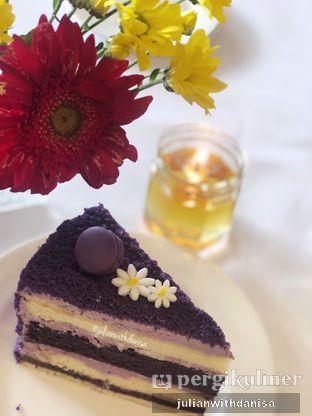 Foto - Makanan(Ube Velvet Cake) di Union oleh Julian with danisa