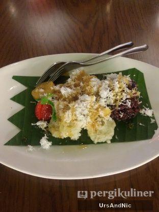 Foto 9 - Makanan(Balinese Cake Platters ) di Bebek Bengil oleh UrsAndNic