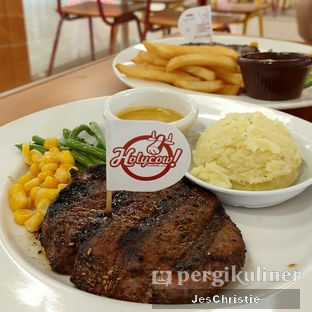 Foto 1 - Makanan(sanitize(image.caption)) di Holycow! STEAKHOUSE by Chef Afit oleh JC Wen