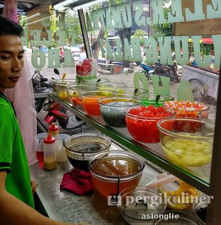 Foto 4 - Interior di Es Teler Sumatera Aho oleh Asiong Lie @makanajadah