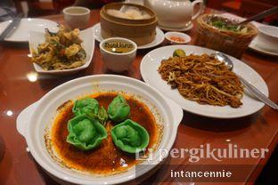 Foto 5 - Makanan di Soup Restaurant oleh bataLKurus