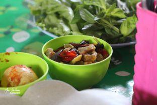 Foto 2 - Makanan di RM Ma' Uneh oleh Ana Farkhana