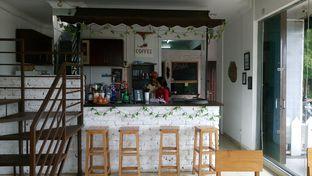 Foto 2 - Interior di Ghawil Cafe & Coffee oleh yudistira ishak abrar