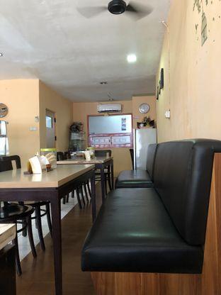 Foto 4 - Interior di MKBC Eatery oleh Metha Loviana