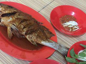 Foto Ikan Bakar Seafood Genteng Besar