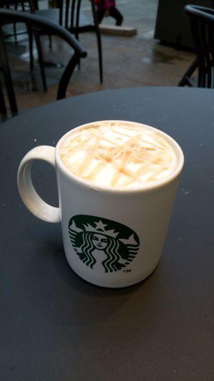 Foto review Starbucks Coffee oleh Adi Rahman 3