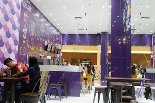 Foto 4 - Interior di Chatime oleh perutkarets