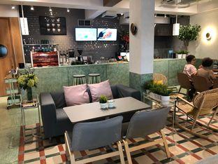 Foto 5 - Interior di Grouphead Coffee oleh Budi Lee