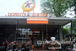 Foto 6 - Eksterior di K' Donuts & Coffee oleh Ladyonaf @placetogoandeat