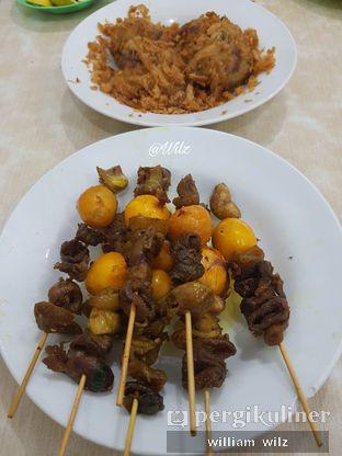 Foto 2 - Makanan di Soto Madura Bpk H. Ngatidjo oleh William Wilz