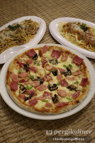 Foto 2 - Makanan di Sam Resto & Cafe oleh Cubi