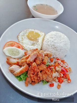Foto 2 - Makanan di Mie Ayong Siantar oleh Tirta Lie