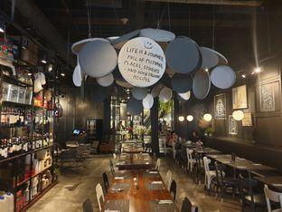 Foto 2 - Interior di Greyhound Cafe oleh Pengembara Rasa