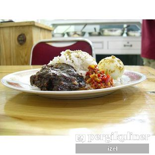 Foto 2 - Makanan di RM Pondok Minang Jaya oleh izel / IG:Grezeldaizel