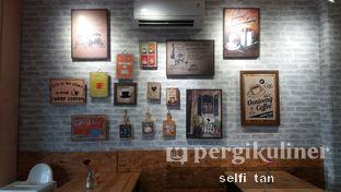 Foto 3 - Interior di Oentoeng Kopi oleh Selfi Tan