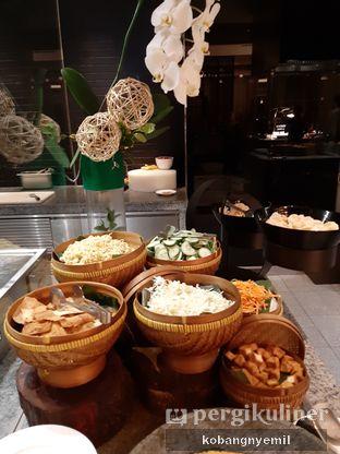 Foto 4 - Makanan di Spectrum - Fairmont Jakarta oleh kobangnyemil .