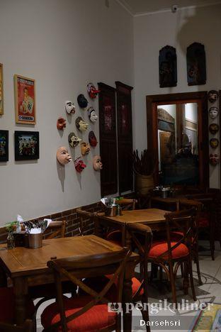Foto 8 - Interior di Njandoe Resto & Ruang Foto oleh Darsehsri Handayani