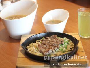 Foto 3 - Makanan di Hajime Ramen oleh Jakartarandomeats