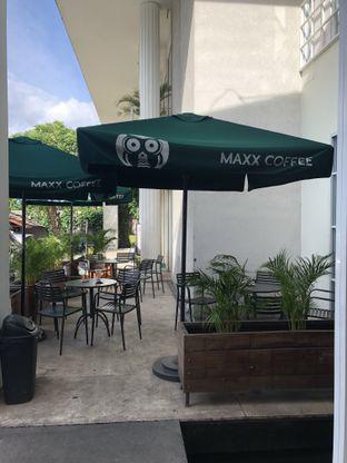 Foto 7 - Eksterior di Maxx Coffee oleh Mitha Komala