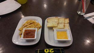 Foto 7 - Makanan di Pizza Hut oleh cha_risyah