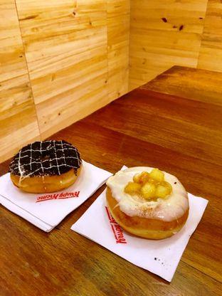 Foto 22 - Makanan di Krispy Kreme Cafe oleh Prido ZH