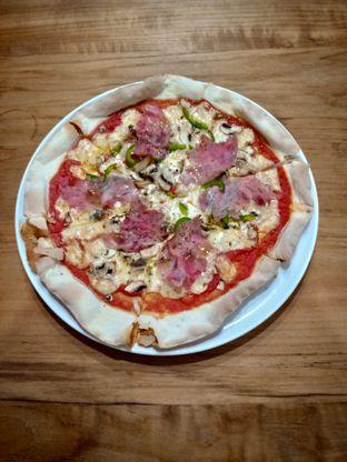 Foto 3 - Makanan(4 Stagione Pizza) di Prego oleh Florentine Lin