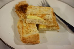 Foto 4 - Makanan(Roti Bakar Srikaya) di Kopi Oey oleh Chrisilya Thoeng