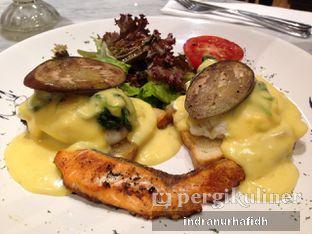 Foto 3 - Makanan(Egg Benedict) di Baker Street oleh @bellystories (Indra Nurhafidh)