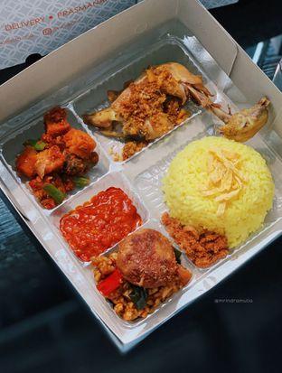 Foto - Makanan di Eng's Resto oleh Indra Mulia