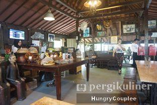 Foto 5 - Interior di Waroeng Solo oleh Hungry Couplee