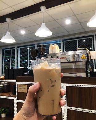 Foto 3 - Makanan(Es kopi susu kampung) di Tuku Kopi oleh Claudia @grownnotborn.id
