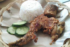 Foto Ayam Gepuk Mak Rose