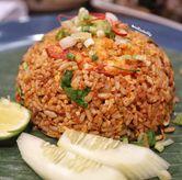 Foto Tom yum fried rice di OB Woon
