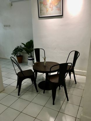 Foto 5 - Interior di Saksama Coffee oleh Prido ZH