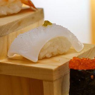 Foto 4 - Makanan di Sushi Hiro oleh deasy foodie