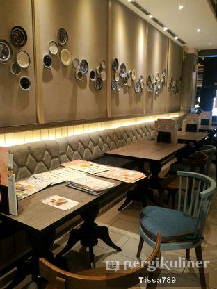 Foto 3 - Interior di Hong Kong Cafe oleh Tissa Kemala