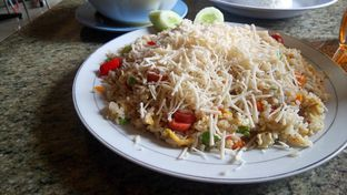Foto 2 - Makanan di Resto Mie Ayam Berkat oleh yudistira ishak abrar