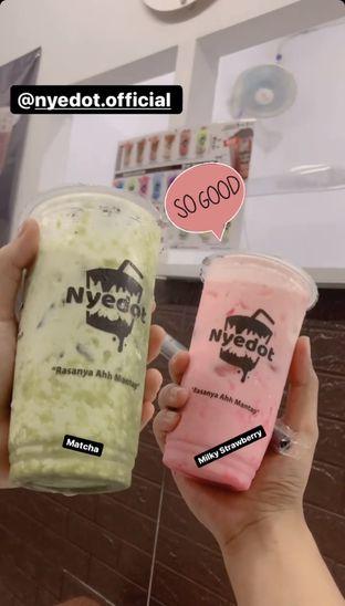 Foto - Menu(Saya pesan milky strawberry dan matcha) di Nyedot Kendangsari oleh Zain Rizal