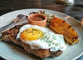 Melewatkan Sarapan? Ini Dia Rekomendasi 7 Tempat Makan untuk Brunch di Bandung