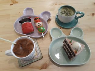 Foto 2 - Makanan di MyBunBun Rabbit Cafe oleh Devi Renat