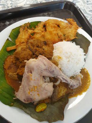 Foto 9 - Makanan di Nasi Kapau Juragan oleh Makan2 TV Food & Travel