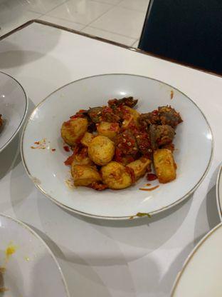 Foto 3 - Makanan di RM Sinar Minang oleh Wawa   IG : @foodwaw
