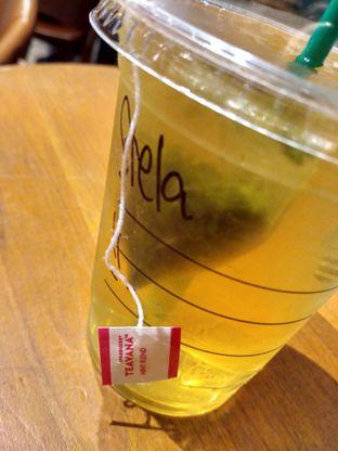 Foto 1 - Makanan di Starbucks Coffee oleh Stella Griensiria