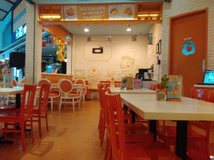 Foto review Sunny Side Up oleh Rahmi Febriani 6