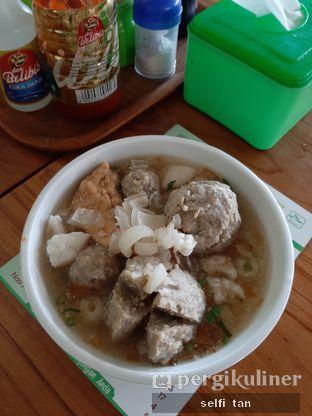 Foto 1 - Makanan di Bakso Titoti oleh Selfi Tan