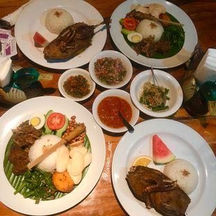 Foto 7 - Makanan di Bebek Bengil oleh Levina JV (IG : levina_eat )