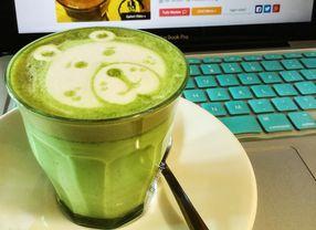 5 Coffee Shop di Surabaya yang Punya Green Tea Latte Terfavorit